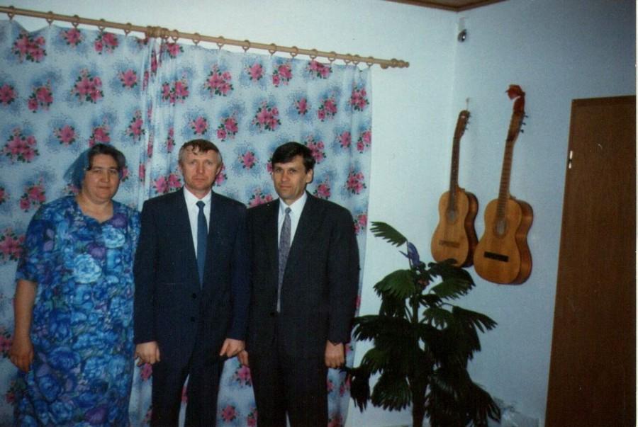 пресвитер церкви в Кокчинске Омская область  Шиллерт  и его жена Антонина.