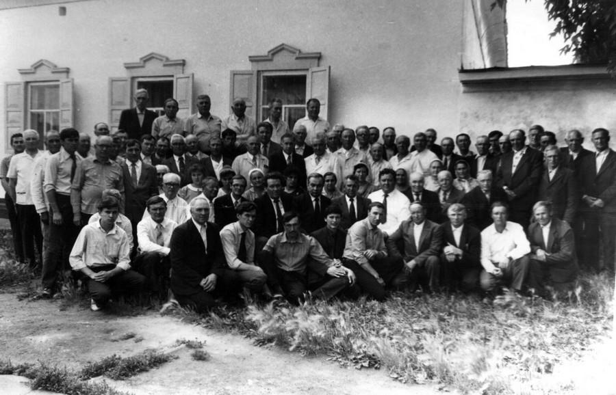 Служители Омской области у Дома молитвы на 12 Марьяновской 83.