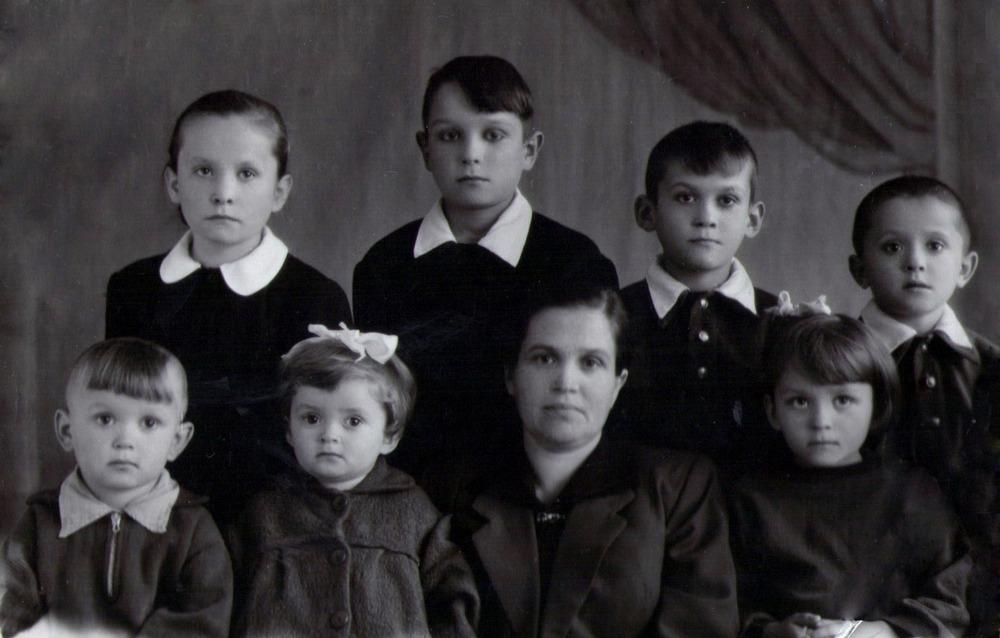 Моя семья, когда папа был в ссылке
